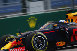 Daniel Ricciardo, Red Bull Racing RB12 met aeroscreen