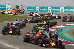 Max Verstappen, Red Bull Racing RB14 Tag Heuer, Lewis Hamilton, Mercedes AMG F1 W09, Daniel Ricciardo, Red Bull Racing RB14 Tag Heuer, Nico Hulkenberg, Renault Sport F1 Team R.S. 18, Sergio Perez, Force India VJM11 Mercedes