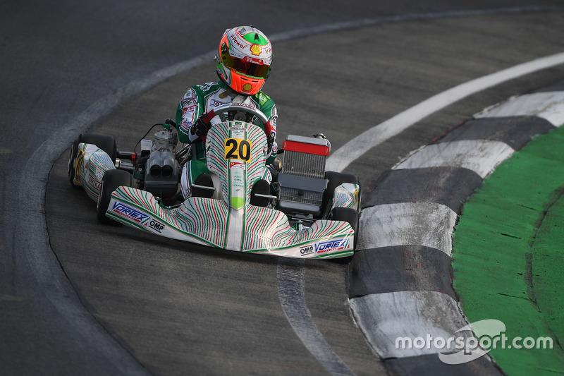 Gianluca Petecof foi o 6º colocado na categoria OK no mundial de Kart realizado no Bahrein neste fim de semana. A competição contou com 91 participantes de todo o mundo.