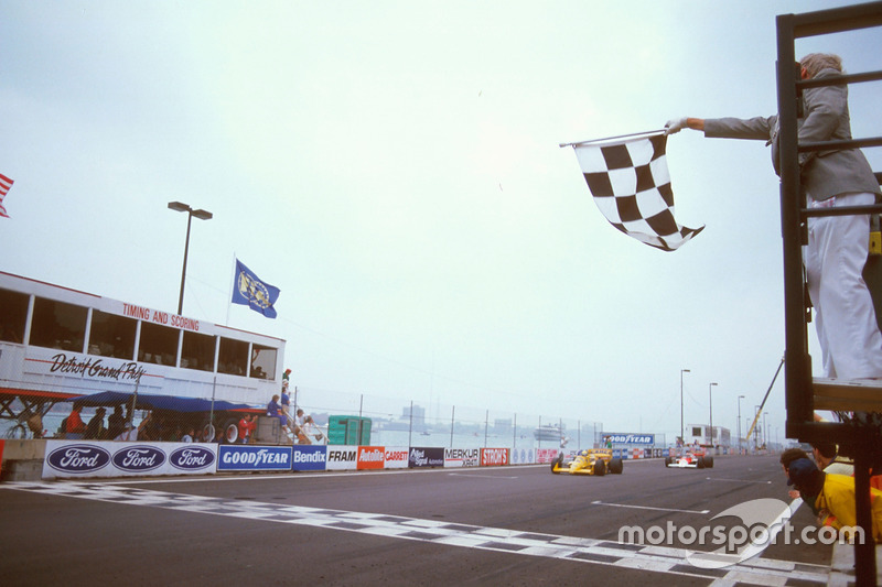 Ayrton Senna, Team Lotus Honda 99T takes the checkered flag