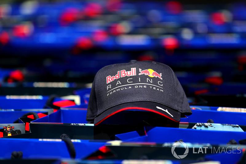 Кепка Red Bull Racing
