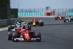 Kimi Raikkonen, Ferrari SF70H, Valtteri Bottas, Mercedes AMG F1 W08, Max Verstappen, Red Bull Racing RB13