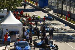 Daniel Abt, ABT Schaeffler Audi Sport, and Sébastien Buemi, Renault e.Dams, enter the pits
