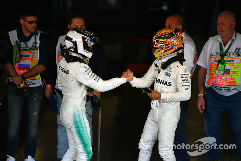 Race winner Valtteri Bottas, Mercedes AMG F1 and Lewis Hamilton, Mercedes AMG F1