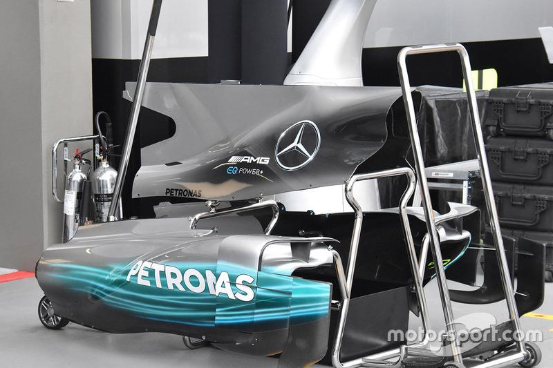 Mercedes AMG F1 W08 bodywork detail
