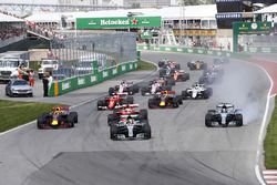 Lewis Hamilton, Mercedes AMG F1 W08, Max Verstappen, Red Bull Racing RB13, Sebastian Vettel, Ferrari SF70H, se bloquea, Valtteri Bottas, Mercedes AMG F1 W08, Kimi Raikkonen, Ferrari SF70H, en la arrancada