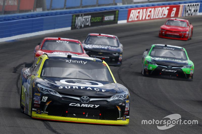 Matt Tifft, Joe Gibbs Racing, Toyota; Dakoda Armstrong, JGL Racing, Toyota
