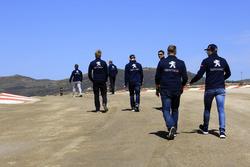 Team Peugeot-Hansen pist yürüyüşü