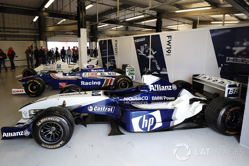A 2004 Williams BMW alongside a 1997 FW19 and 1979 FW07