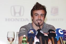 Fernando Alonso anuncia su acuerdo para la carrera en el 2017 de las 500 millas de Indianápolis en el coche de McLaren Honda Andretti Autosport
