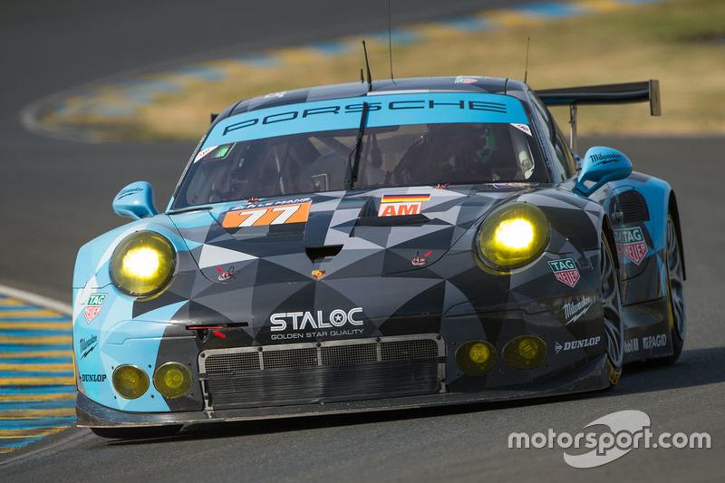 #77 Dempsey Proton Competition Porsche 911 RSR