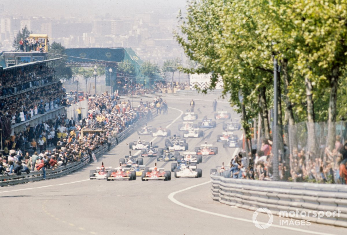 The start of the ill-fated 1975 Spanish Grand Prix