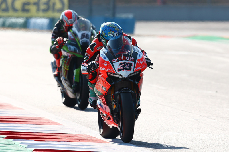 Marco Melandri, Aruba.it Racing-Ducati SBK Team, Tom Sykes, Kawasaki Racing