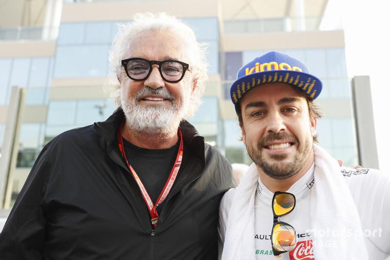 Fernando Alonso, McLaren, con Flavio Briatore