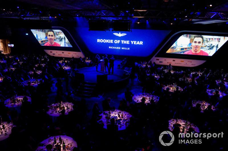 Le nommé au prix de Rookie de l'année Robert Wickens donne de ses nouvelles en vidéo