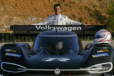 Volkswagen I.D. R Pikes test