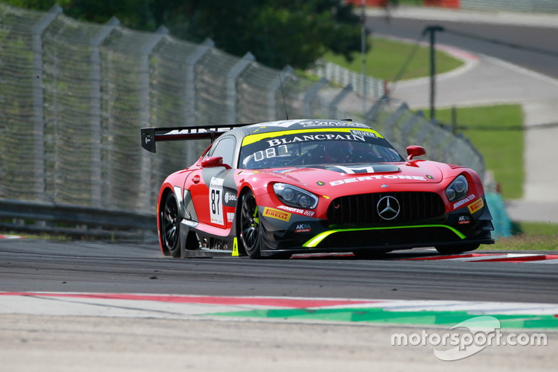 #87 Akka ASP Team Mercedes-AMG GT3: Nicolas Jamin, Denis Bulatov Patrick