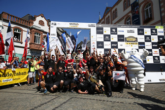 Winnaars Ott Tanak, Martin Järveoja, Toyota Yaris WRC, Toyota Gazoo Racing