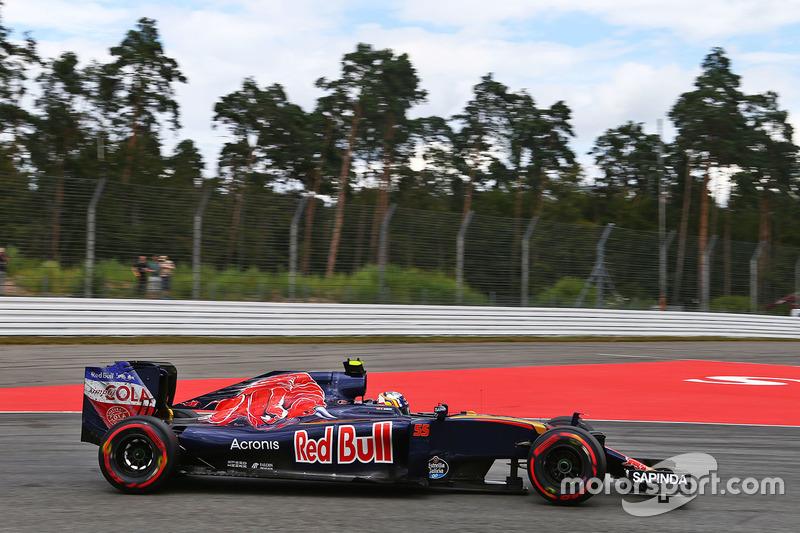 16. Carlos Sainz Jr, Scuderia Toro Rosso STR11