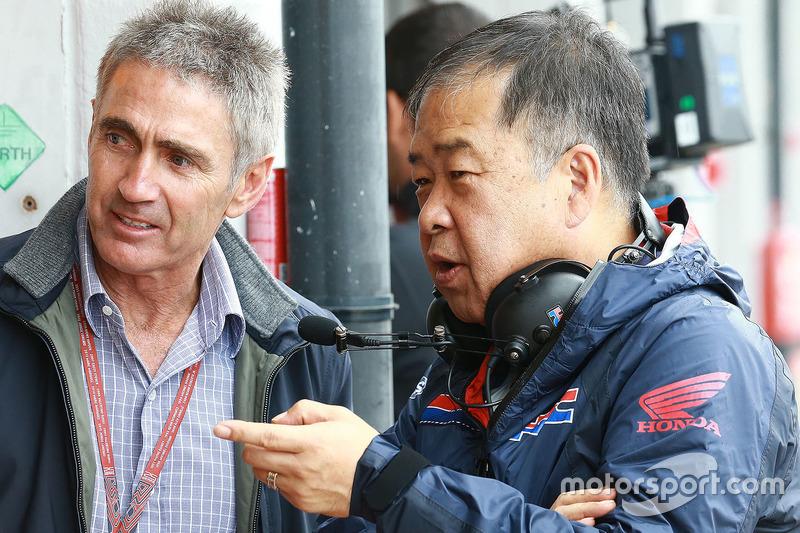 Mike Doohan ve Koji Nakajima, Honda Racing Corporation Direktörü