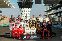 F1 sürücüleri grup fotoğrafı