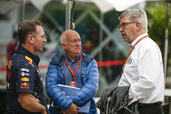 Christian Horner, Red Bull Racing Team Principal with Dieter Rencken, Journalist and Ross Brawn, Formula One Managing Director of Motorsports