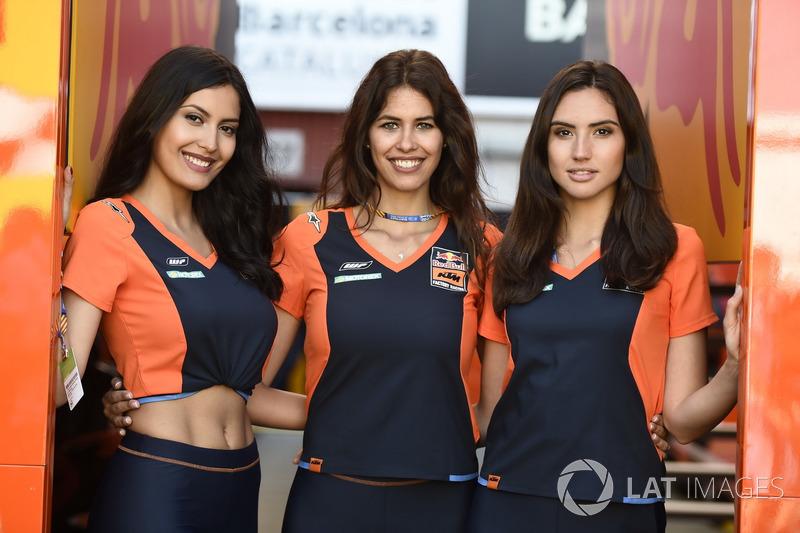 KTM kızları