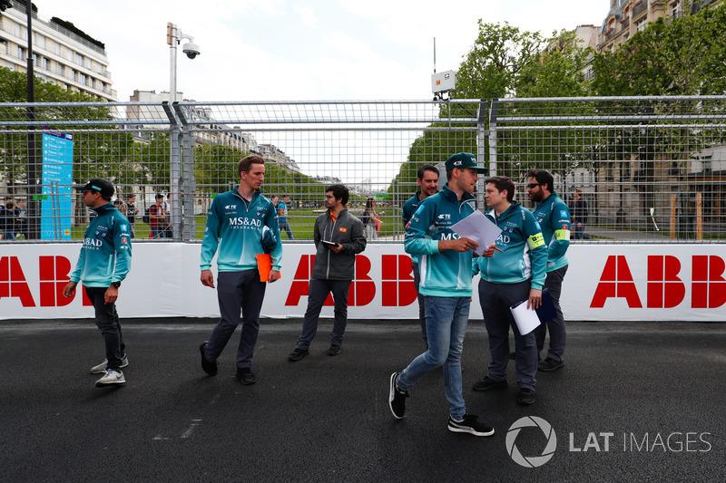 Tom Blomqvist, Andretti Formula E, Antonio Felix da Costa, Andretti Formula E, mengitari lintasan
