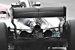 Mercedes-AMG F1 W09 monkey seat detail