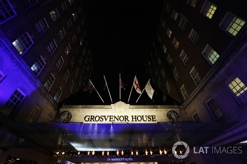 La entrada del Hotel Grosvenor House