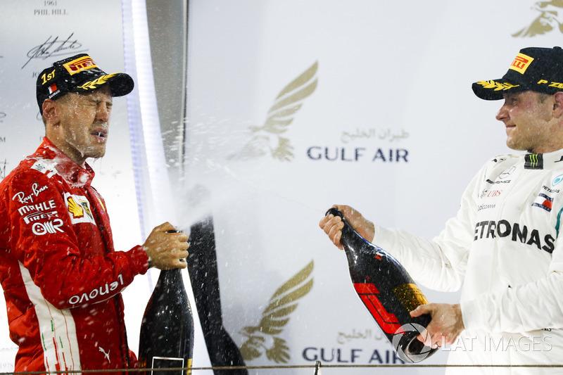Sebastian Vettel, Ferrari, Valtteri Bottas, Mercedes AMG F1,