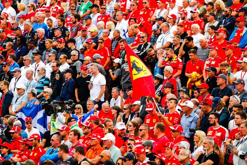 Fans Ferrari di grandstand