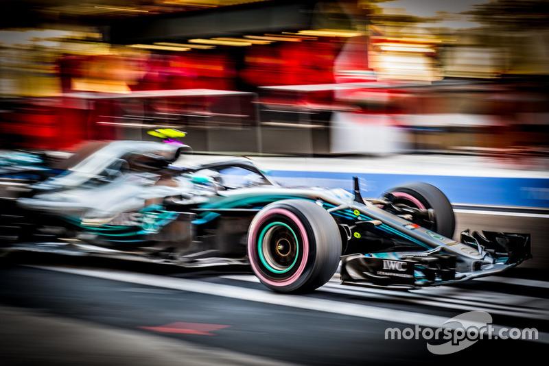 Валттери Боттас закончил год серией из четырех финишей на пятом месте подряд. Он не поднимался на подиум начиная с этапа в Остине. С момента дебюта в Mercedes финн впервые ни разу не поднимался на подиум по ходу четырех Гран При подряд – такого не случалось ни с одним пилотом Mercedes с начала турбо-эры (с 2014 года)