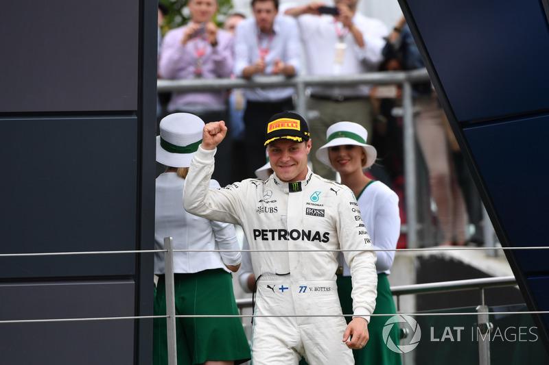 Valtteri Bottas, Mercedes AMG F1 festeggia sul podio