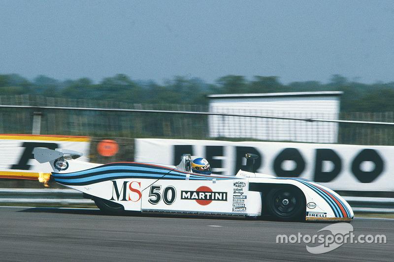 https://cdn-8.motorsport.com/images/mgl/2wGGyPM2/s8/wec-silverstone-1982-50-lancia-lc1-michele-alboreto-riccardo-patrese.jpg