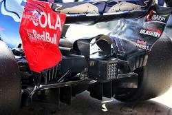 Автомобиль Scuderia Toro Rosso STR12: задний диффузор