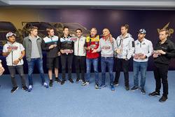 Tutti i piloti mandano un augurio a Tiago Monteiro, Honda Racing Team JAS, Honda Civic WTCC