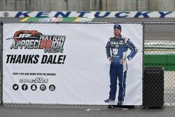 Dale Earnhardt Jr., Hendrick Motorsports Chevrolet banner
