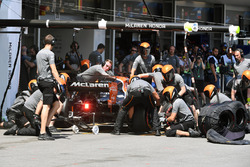 Пит-стоп: Фернандо Алонсо, McLaren MCL32