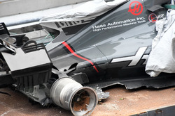 The crashed car of Romain Grosjean, Haas F1 Team VF-17