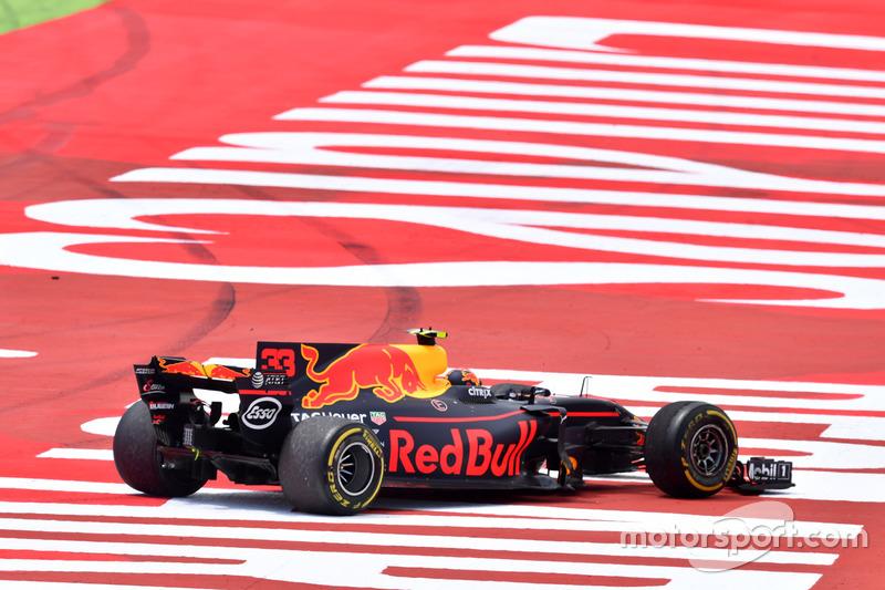 Kollision: Max Verstappen, Red Bull Racing RB13