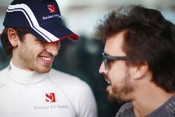 Antonio Giovinazzi, Sauber, and Fernando Alonso, McLaren