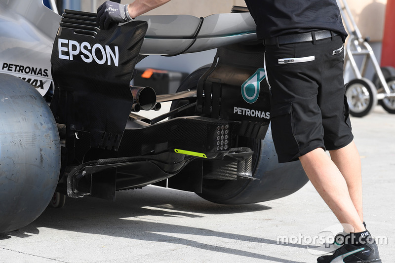 Mercedes AMG F1 W08 rear wing