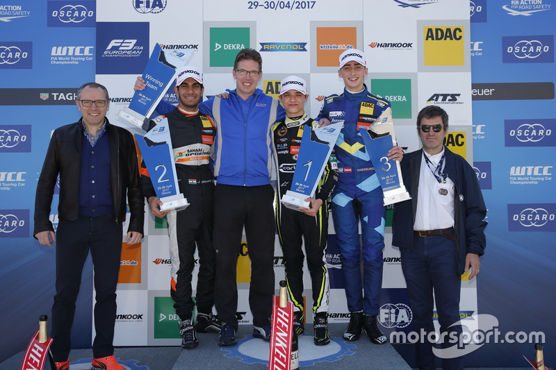 Podium : le vainqueur Lando Norris, Carlin Dallara F317 - Volkswagen, le deuxième Jehan Daruvala, Carlin, Dallara F317 - Volkswagen, le troisième Ferdinand Habsburg, Carlin, Dallara F317 - Volkswagen