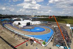 Lucas di Grassi, ABT Schaeffler Audi Sport, por delante de Felix Rosenqvist, Mahindra Racing y Nick Heidfeld, Mahindra Racing