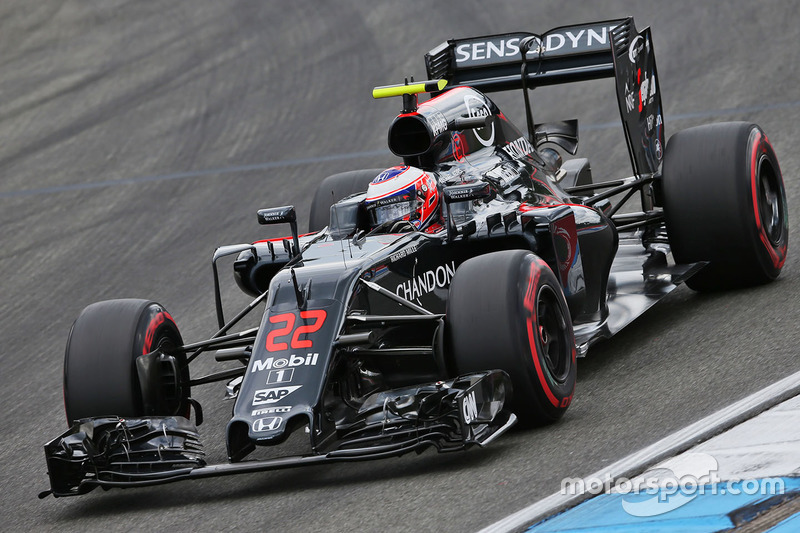 12. Jenson Button, McLaren MP4-31