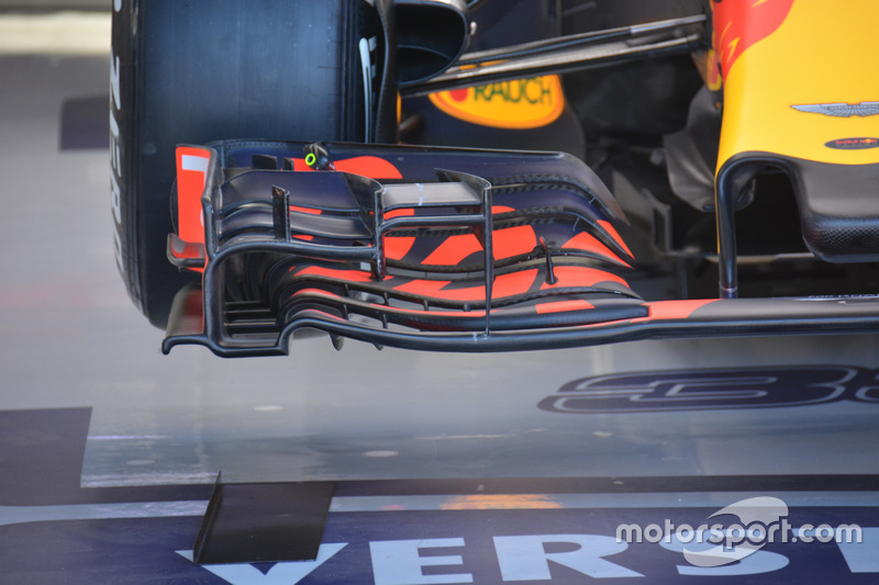 Red Bull Racing RB 12, Front wing old version
