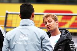 Паскаль Верляйн, Manor Racing и Нико Росберг, Mercedes AMG F1 на параде пилотов