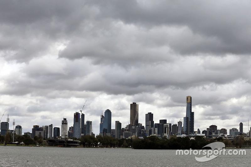 Céu carrancudo de Melbourne