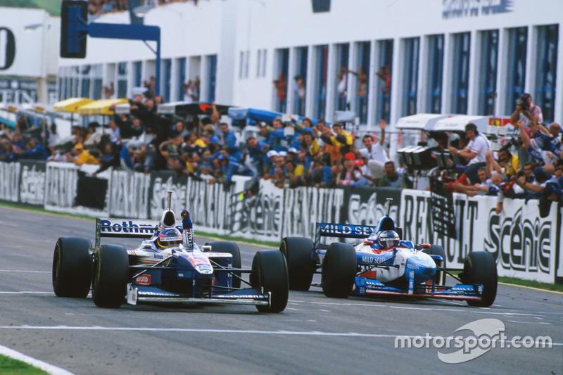 Jacques Villeneuve remporte le championnat